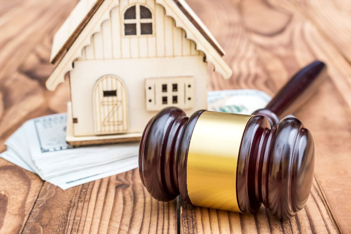 What is a Lis Pendens, and How Can it Affect My Title